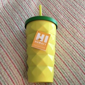 Starbucks Hawaii Pinapple